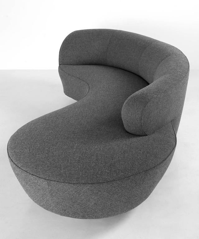 Modern Serpentine Sofa by Vladimir Kagan, circa 1970 For Sale