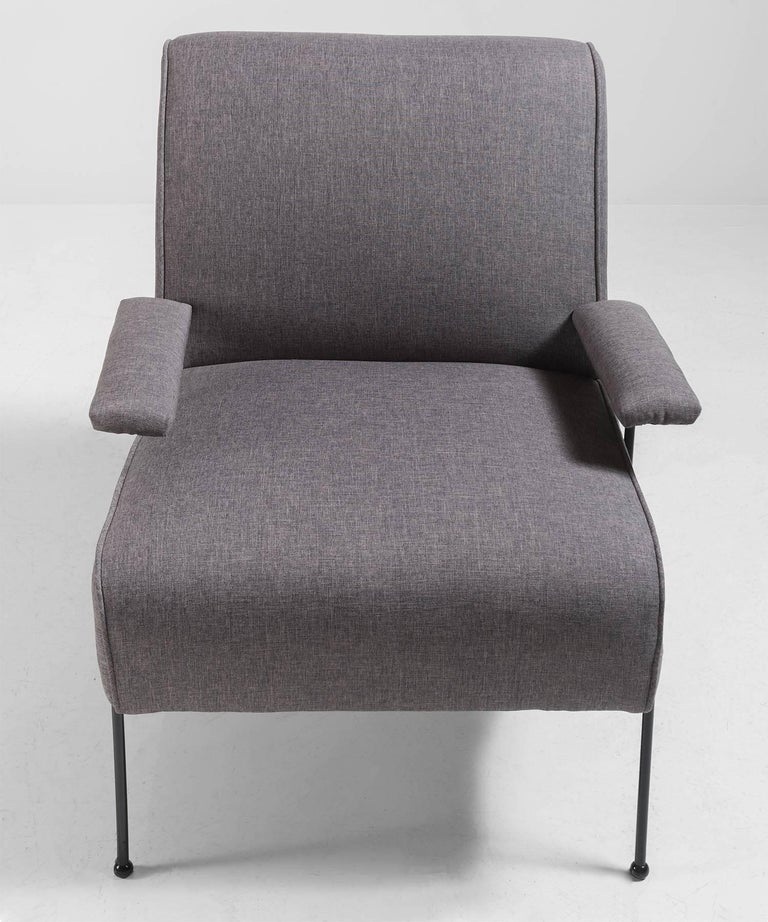 Modern Upholstered Lounge Chair In Good Condition For Sale In Culver City, CA
