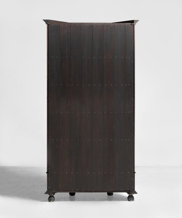 Demilune Display Cupboard, circa 1900 For Sale 1
