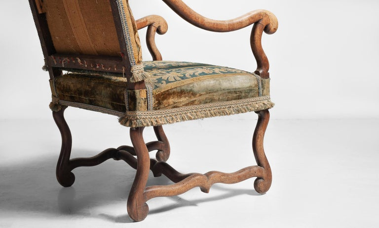 Os de Mouton Tapestry Chair, circa 1870 For Sale 2