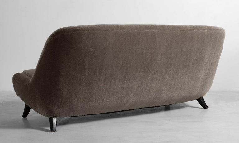 American Modern Sofa, circa 1960 For Sale