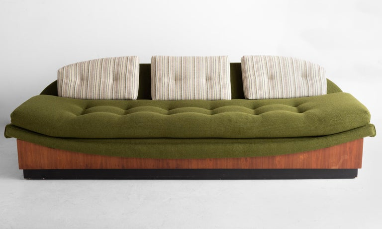 Mid-Century Modern Adrian Pearsall Gondola Sofa, circa 1960 For Sale