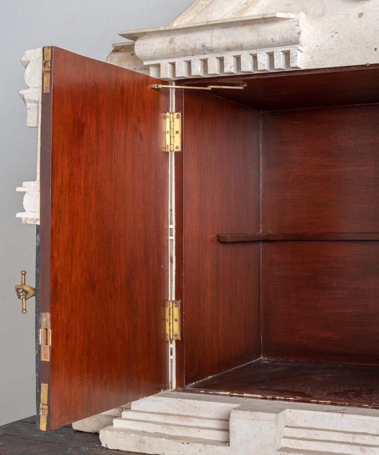 Marble Mansion Liquor Cabinet, America, circa 1930 For Sale 1