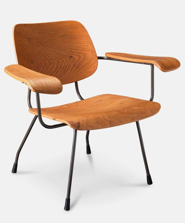 Pair of Tjerk Reijenga Model 8000 Lounge Chairs 3