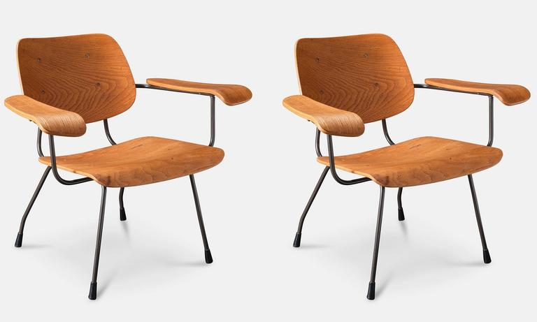 Pair of Tjerk Reijenga Model 8000 Lounge Chairs 2