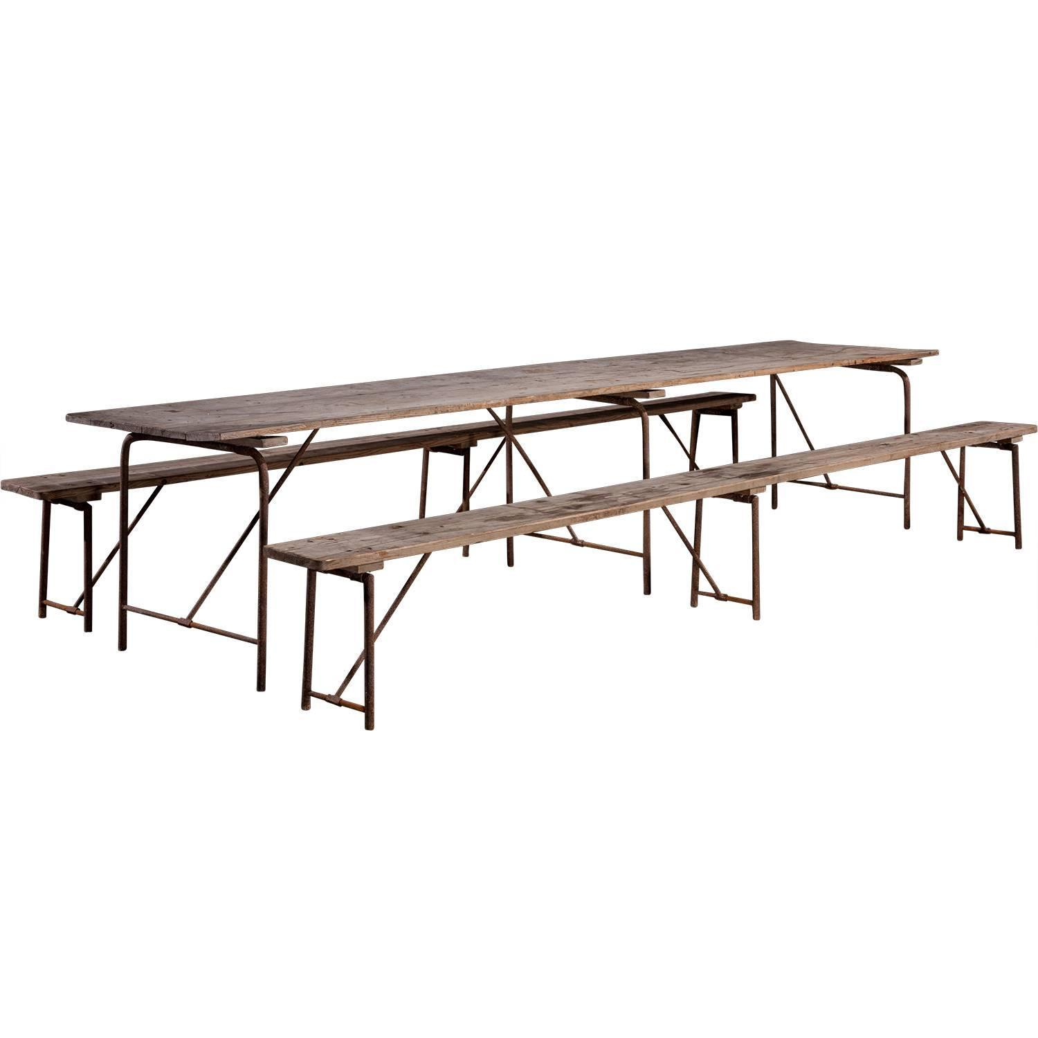 Massive pine dining table at 1stdibs for Pine dining room table