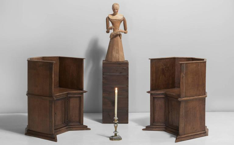 Pair of Gothic Oak Cathedral Chairs, Italy, circa 1800 For Sale 2