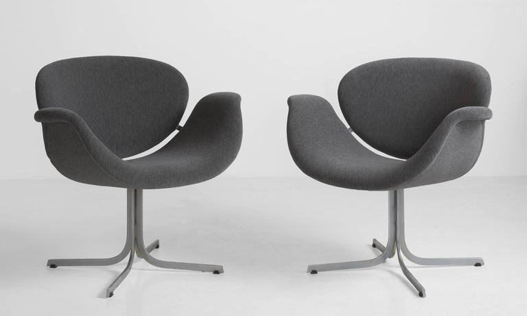 Pair of Pierre Paulin Tulip Chairs 2