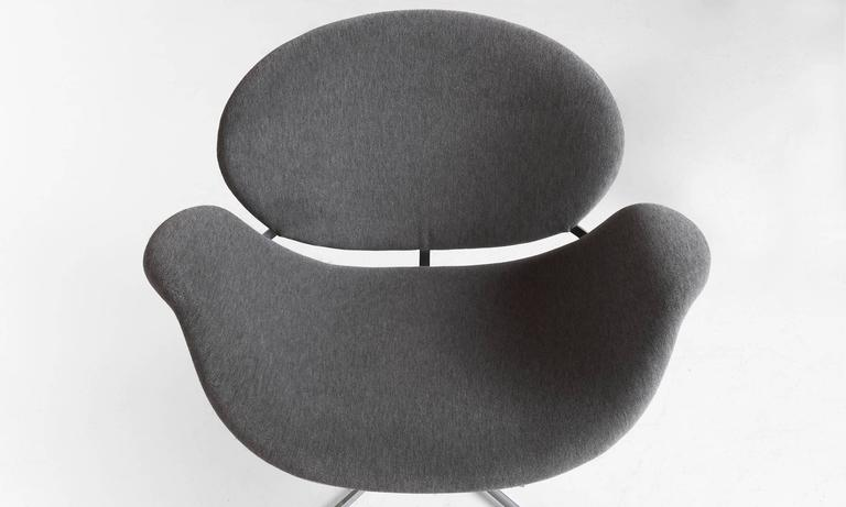 Pair of Pierre Paulin Tulip Chairs 5