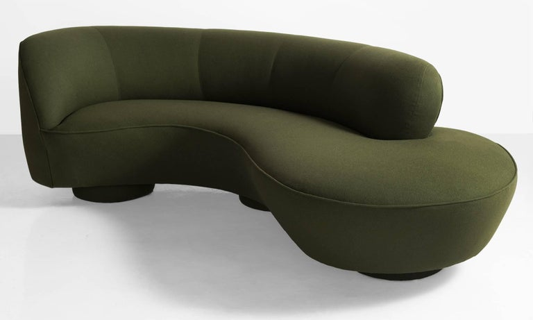 Vladimir Kagan sofa, America, circa 1970.