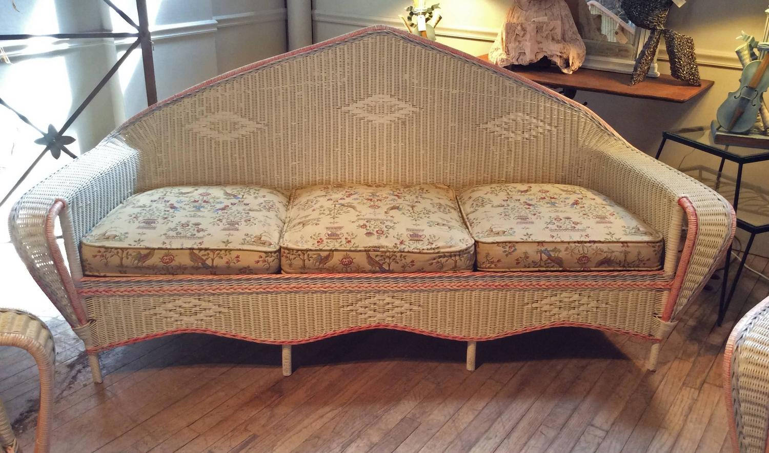 antique 1930s wicker sofa and pair of chairs at 1stdibs. Black Bedroom Furniture Sets. Home Design Ideas