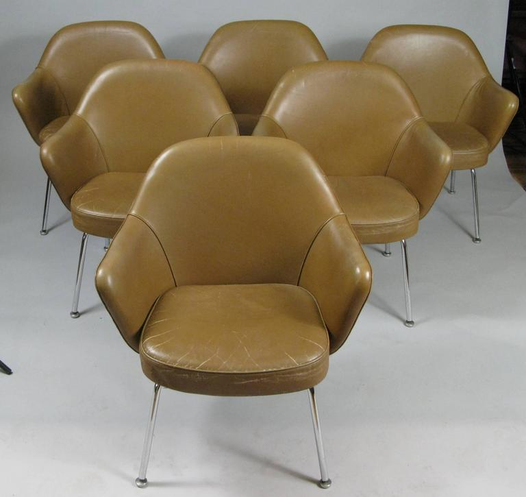 Set of Six Vintage Leather Dining Chairs by Saarinen for