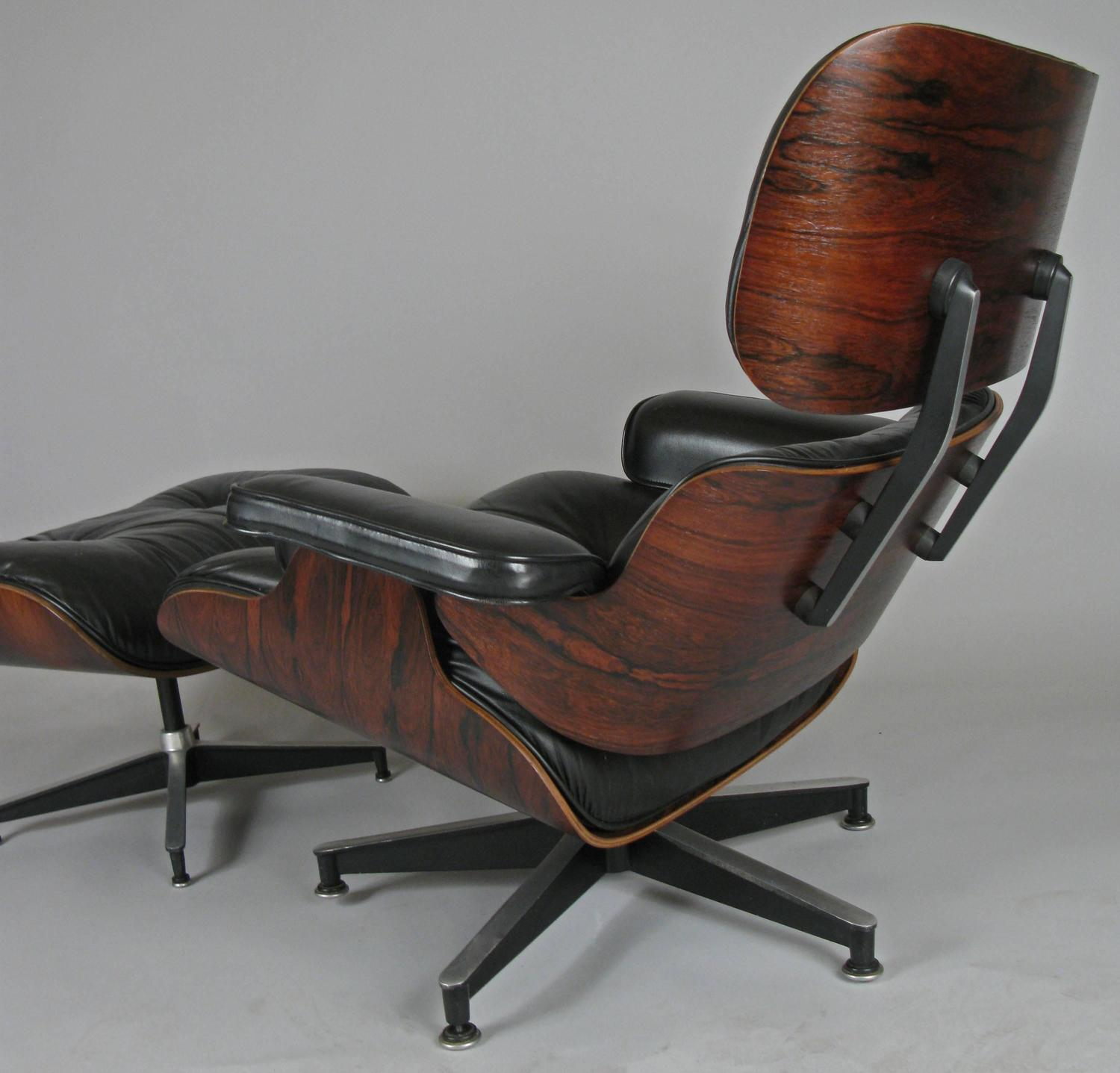 vintage rosewood and leather eames lounge chair and ottoman at 1stdibs. Black Bedroom Furniture Sets. Home Design Ideas