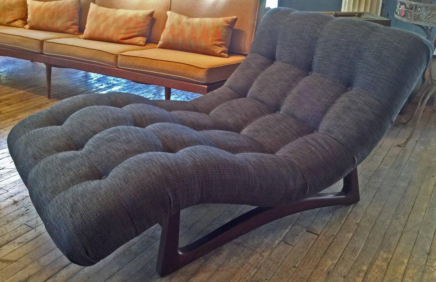Vintage adrian pearsall curved chaise lounge with walnut for Curved lounge
