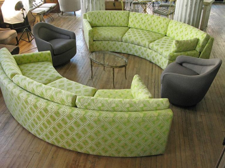 Semi Circular Curved 1970s Sectional Sofa By Milo Baughman