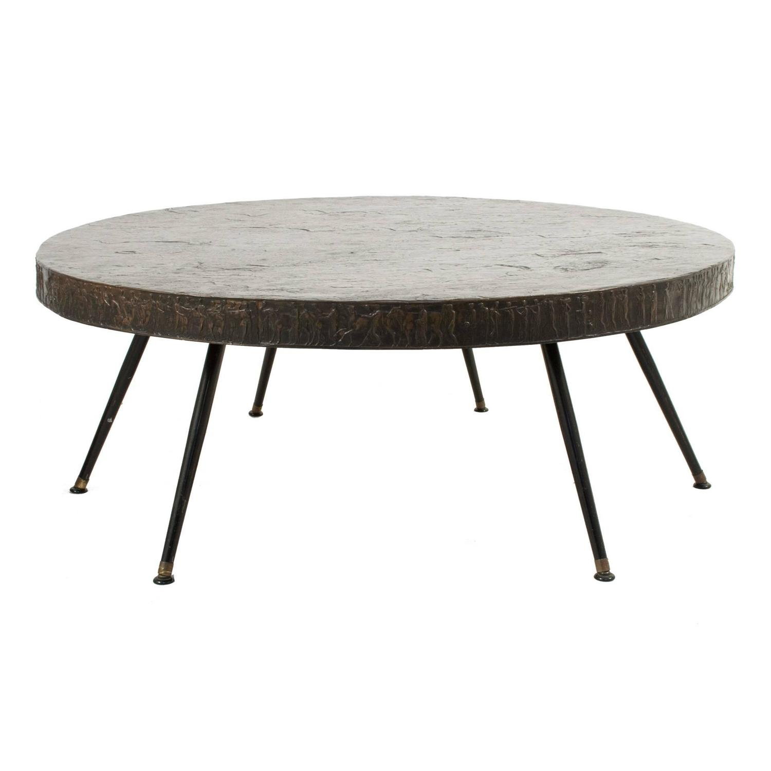 Oval metal coffee table at 1stdibs for Wire coffee table