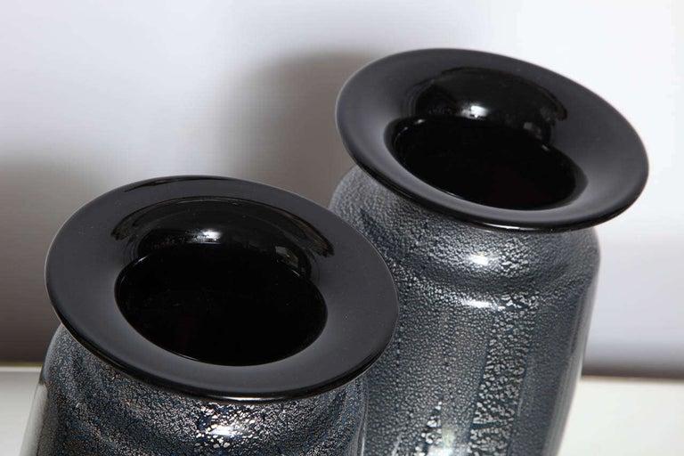 Seguso Vetri d'Arte Silver Leaf Black/Blue Glass Vases In Good Condition In New York, NY