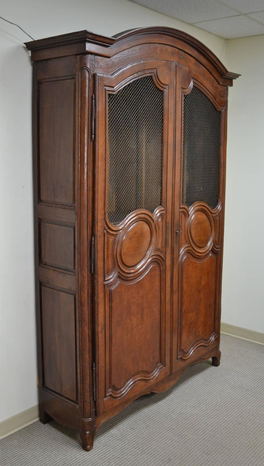french louis xv style cherry armoire for sale at 1stdibs. Black Bedroom Furniture Sets. Home Design Ideas