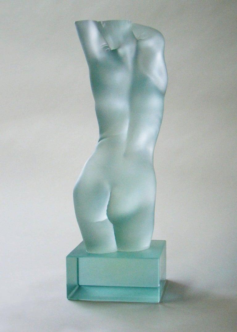 Contemporary Tanya Ragir