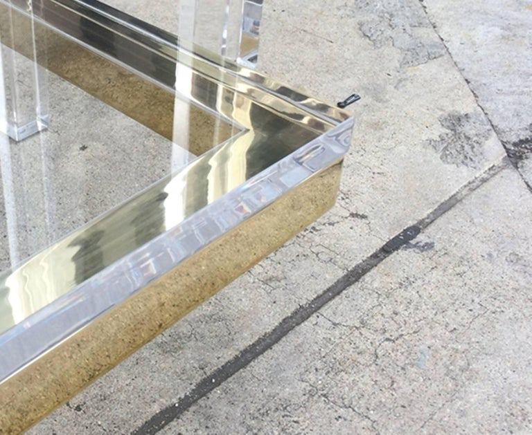 American Two-Tier Coffee Table in Lucite and Polished Brass by Charles Hollis Jones For Sale