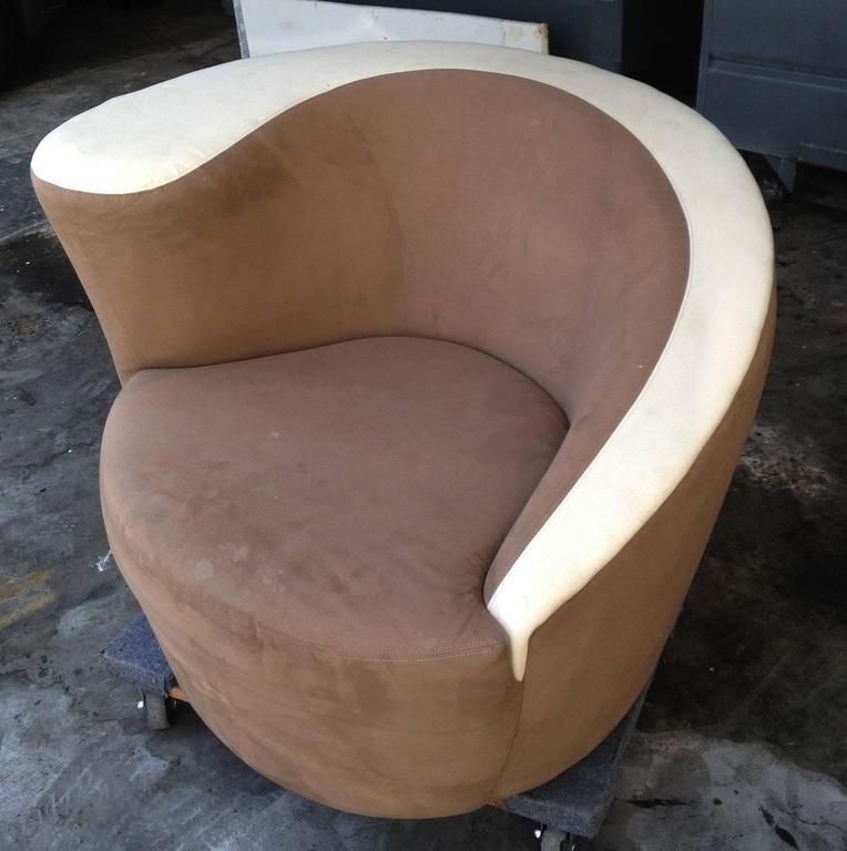 Vladimir Kagan Nautilus Chair In Chocolate Brown