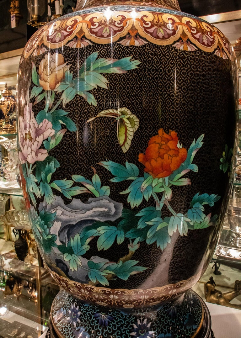 Pair of Large Chinese Cloisonne Enamel  Vases on Stand For Sale 4