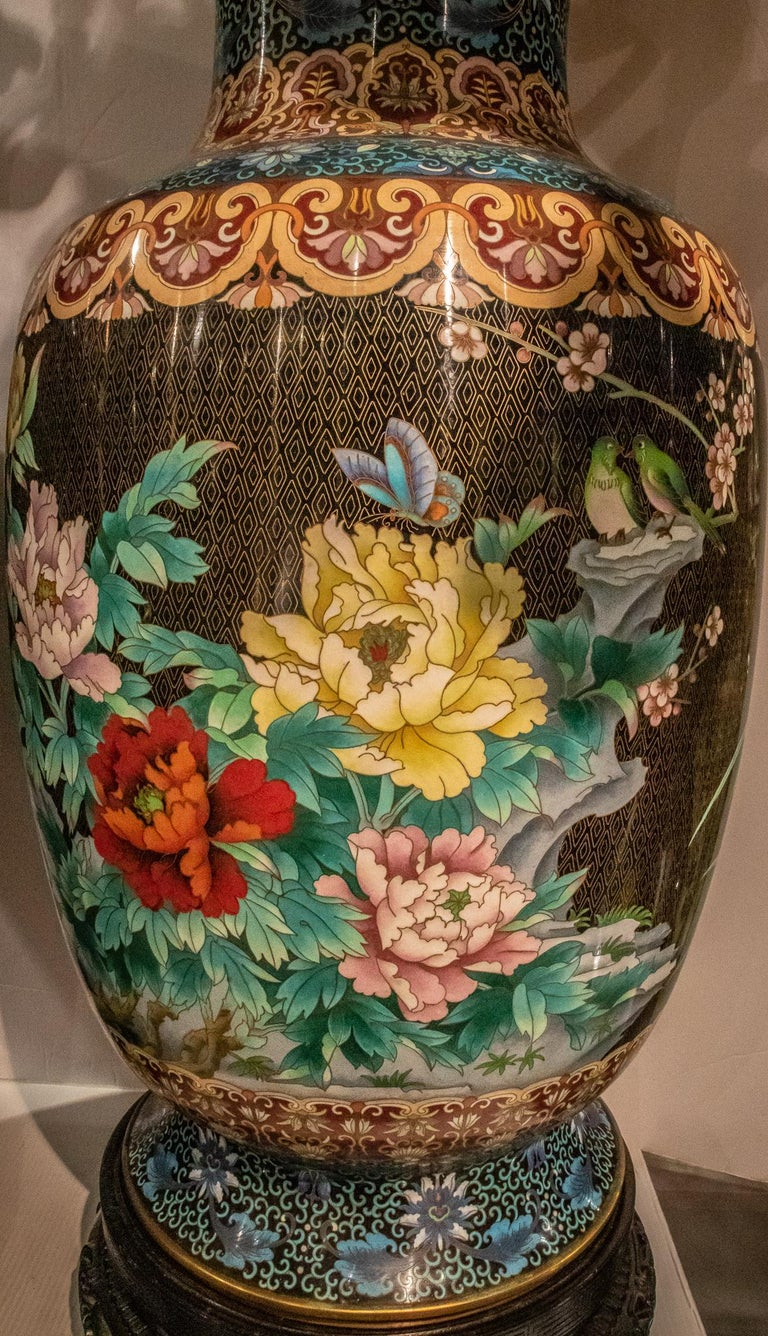 Pair of Large Chinese Cloisonne Enamel  Vases on Stand For Sale 5