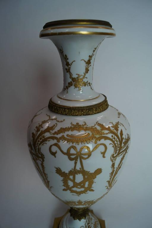 19th Century Austrian Bronze-Mounted Royal Vienna Hand-Painted Vase In Good Condition For Sale In New York, NY