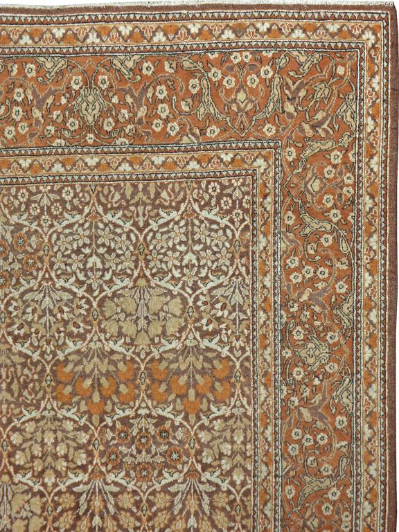 Vintage Persian Mashad Rug In Good Condition For Sale In New York, NY