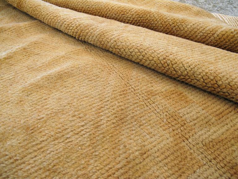 Vintage Spanish Cuenca Carpet In Good Condition For Sale In New York, NY