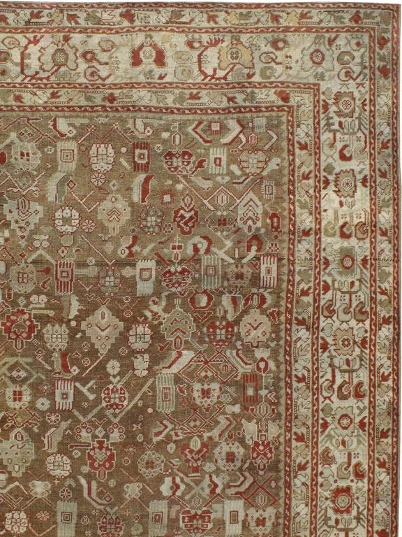 Antique Turkish Ghourdes Carpet In Good Condition For Sale In New York, NY