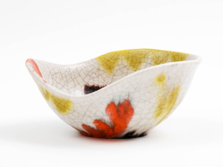 Guido Gambone Free-Form Ceramic Bowl with Tribal Motif, 1950s In Good Condition For Sale In Brooklyn, NY