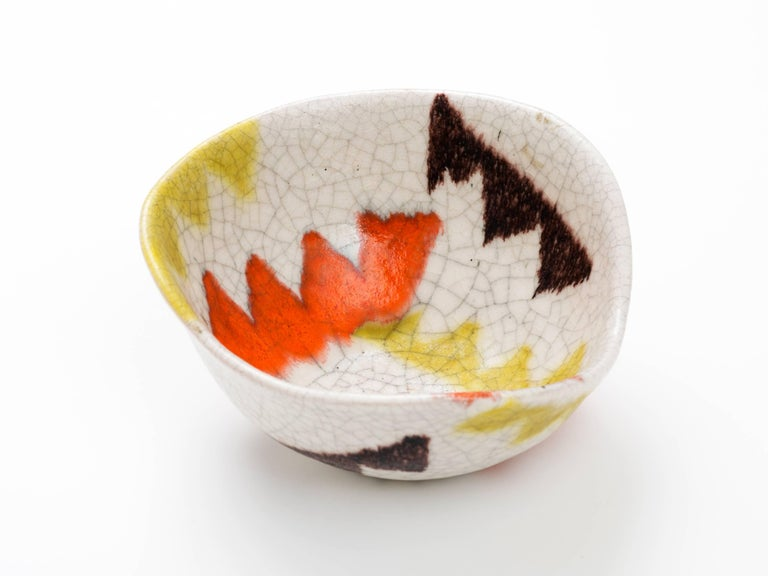 Guido Gambone Free-Form Ceramic Bowl with Tribal Motif, 1950s For Sale 1