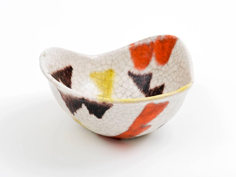 Guido Gambone Free-Form Ceramic Bowl with Tribal Motif, 1950s For Sale 2