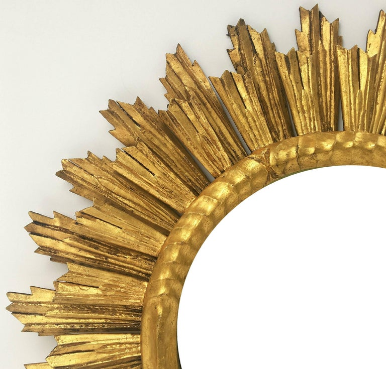 French Gilt Sunburst or Starburst Mirror (Diameter 29) For Sale 2