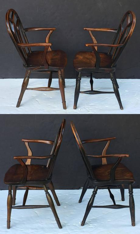 Pair of English Ash Lowback Windsor Chairs In Excellent Condition For Sale In Austin, TX