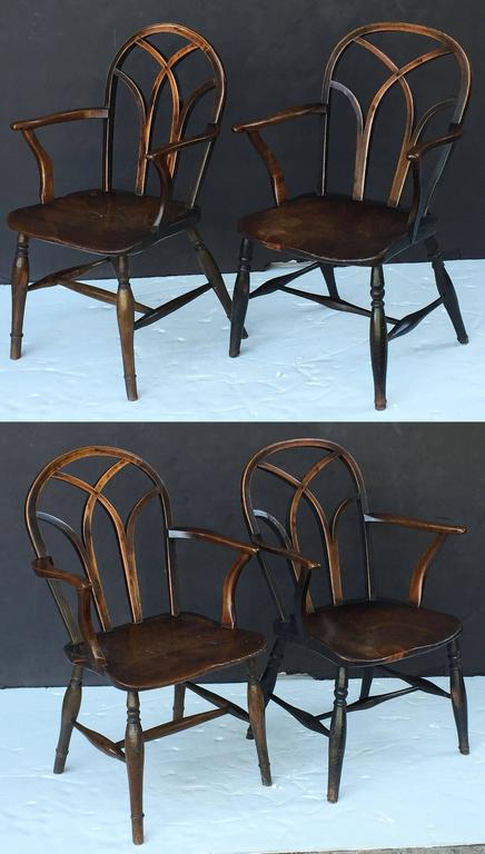 Turned Pair of English Ash Lowback Windsor Chairs For Sale