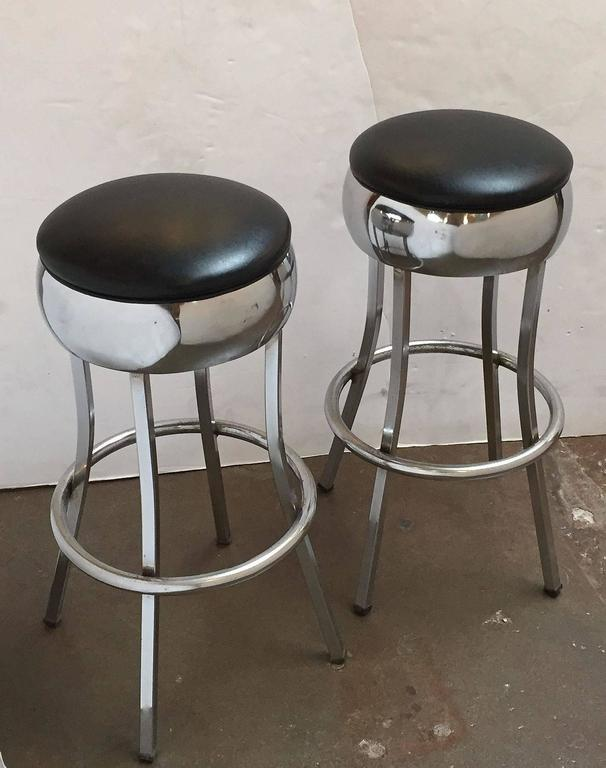 Six Chrome Bar Stools 'Priced Individually' In Excellent Condition For Sale In Austin, TX