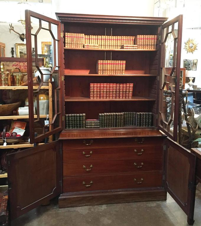 19th Century Large English Bookcase of Mahogany For Sale