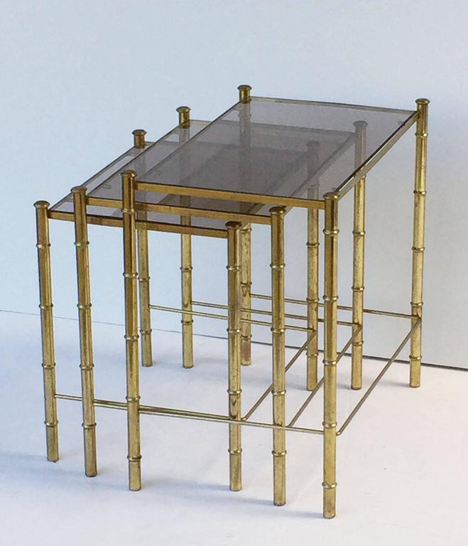 French Nesting Low Tables of Gilt Metal and Glass For Sale 2