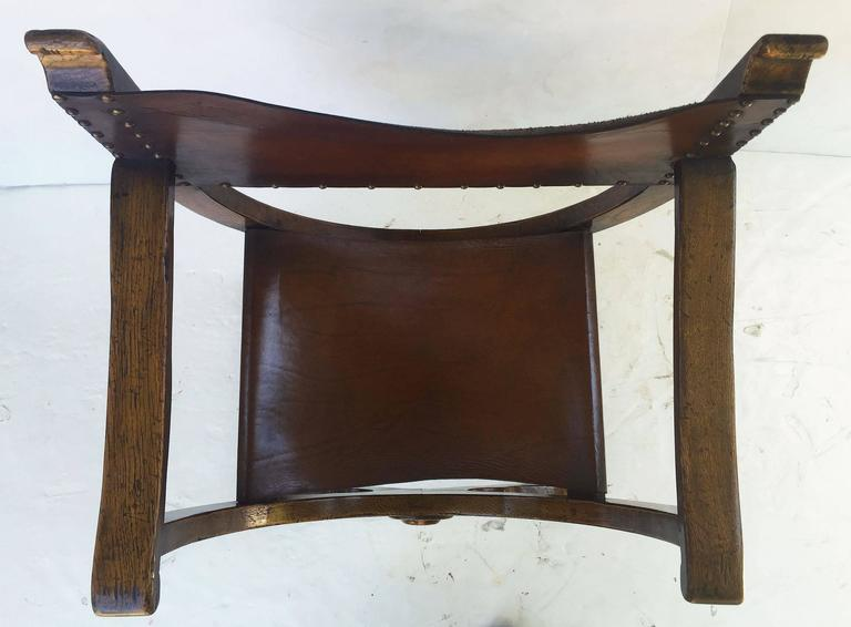 French Savonarola Armchair with Leather Back and Seat For Sale 1