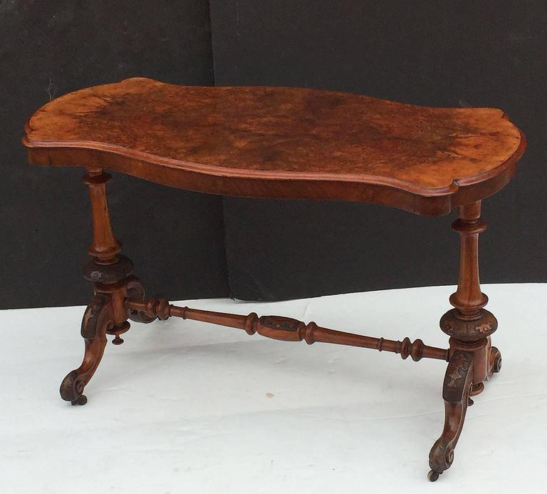 English Library or Sofa Table of Burr Walnut 7