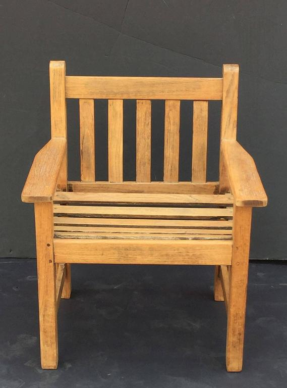 English Lister Chair Of Teak For The Garden And Patio In Excellent  Condition For Sale In