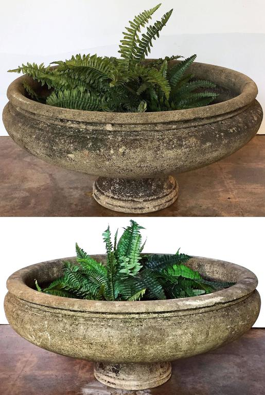 Pair of English Garden Stone Extra Large Round Planters 2