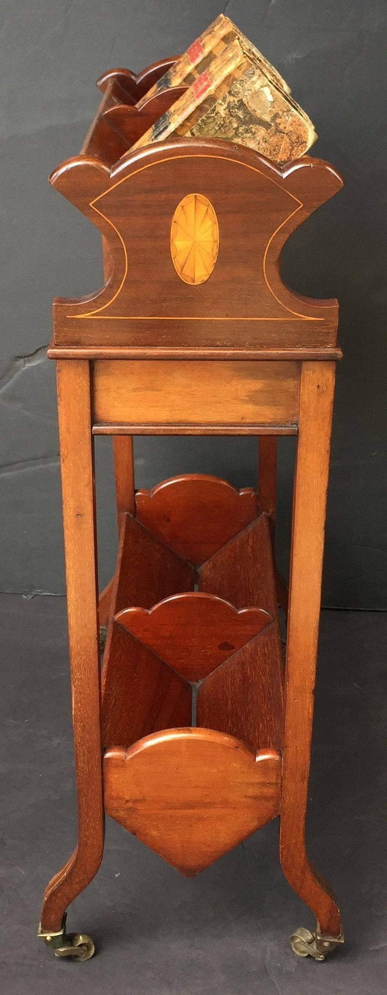 English Bookstand of Inlaid Mahogany from the Edwardian Era For Sale 1