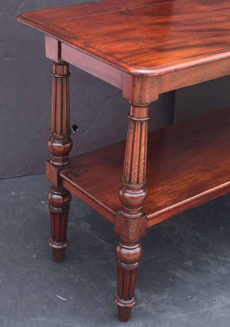English Console Server of Mahogany with Extended Top For Sale 2
