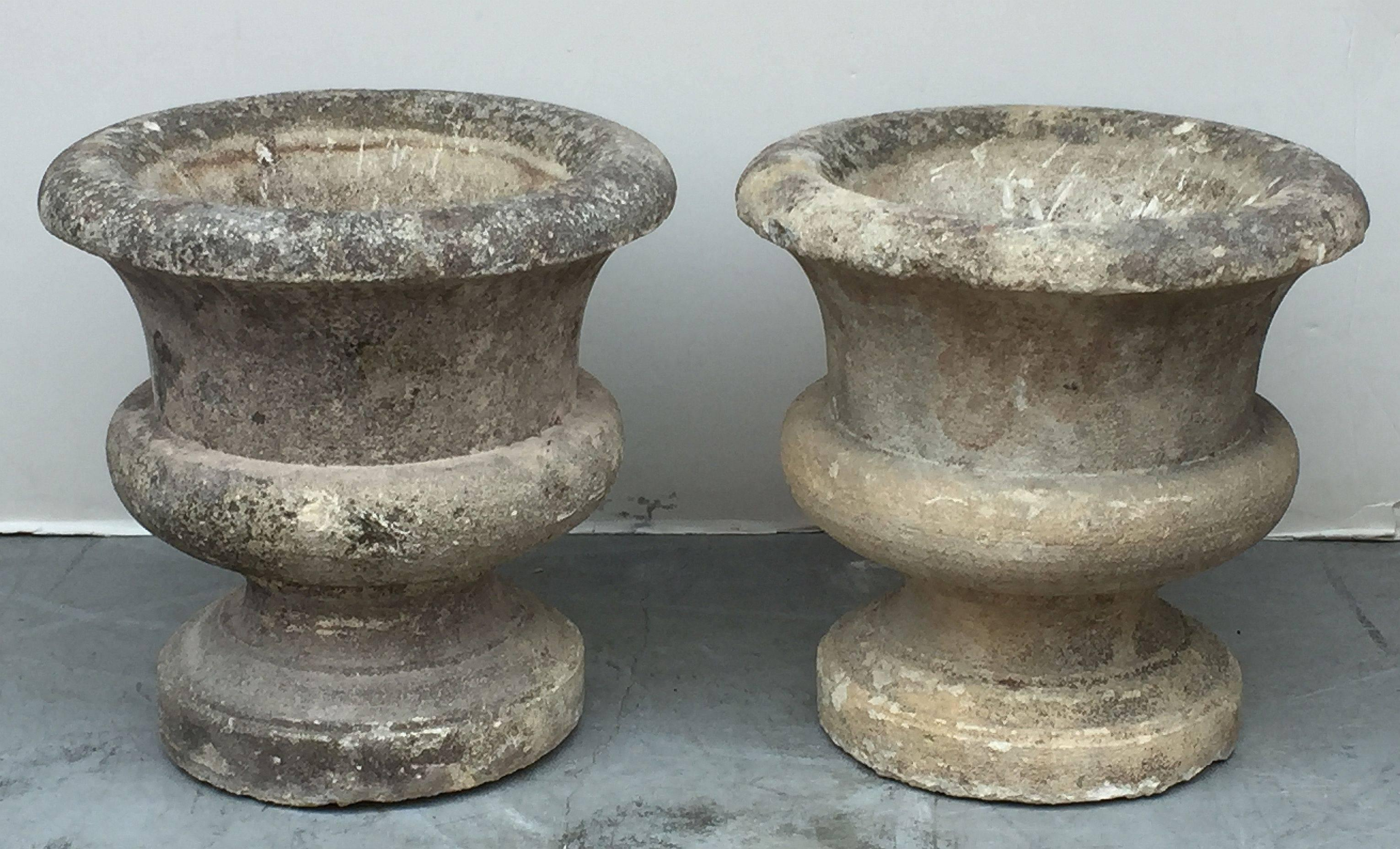 Large French Round Garden Stone Planters U0027Individually Pricedu0027 In Excellent  Condition For Sale In