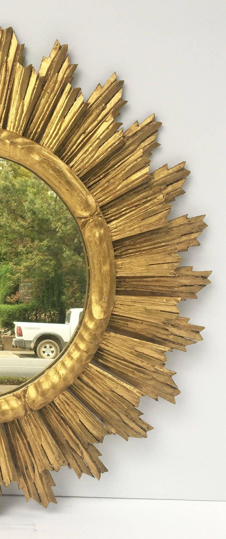 French Gilt Sunburst or Starburst Mirror (Diameter 29) For Sale 3