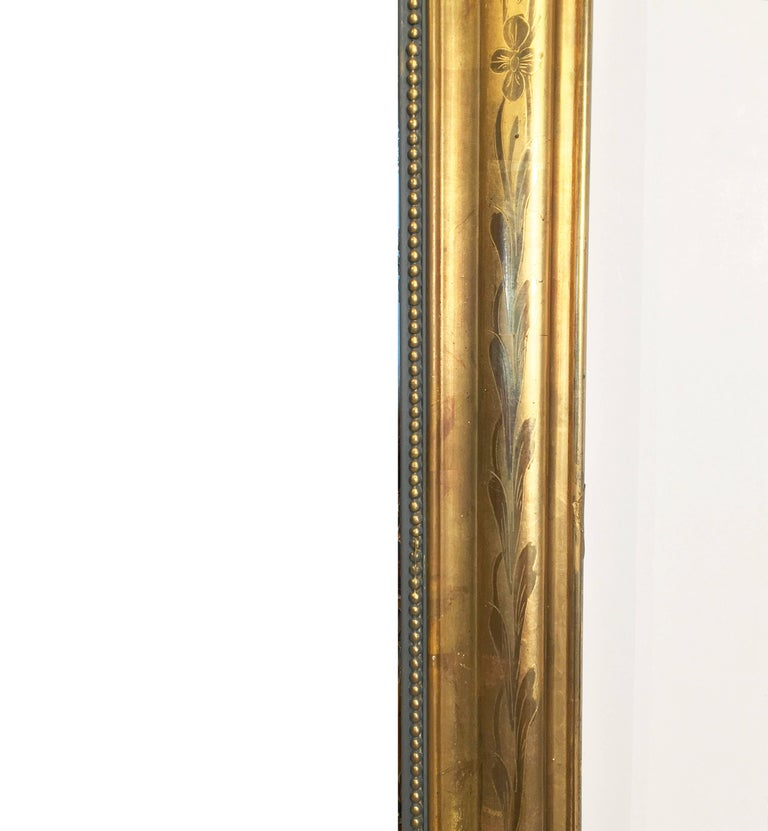 19th Century Large Louis Philippe Arch Top Gilt Mirror (H 55 1/4 x W 39 3/4) For Sale