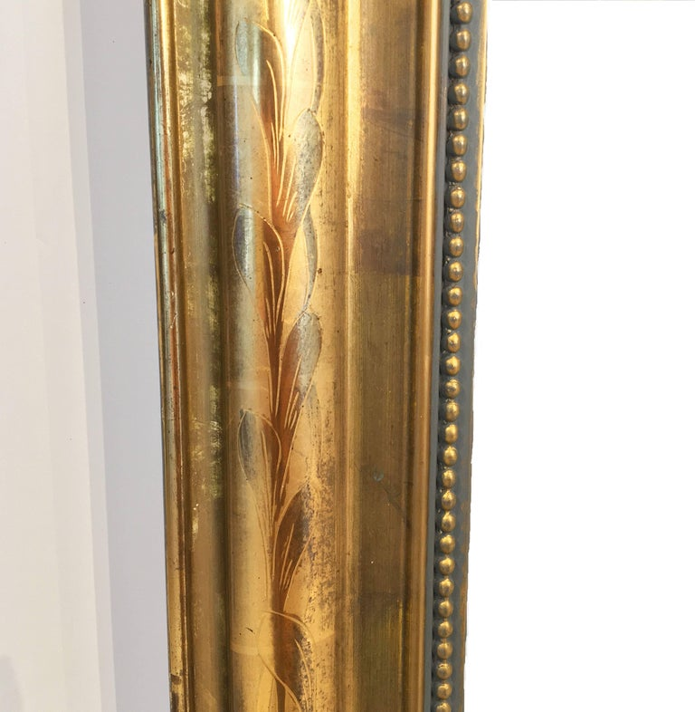 Large Louis Philippe Arch Top Gilt Mirror (H 55 1/4 x W 39 3/4) For Sale 3
